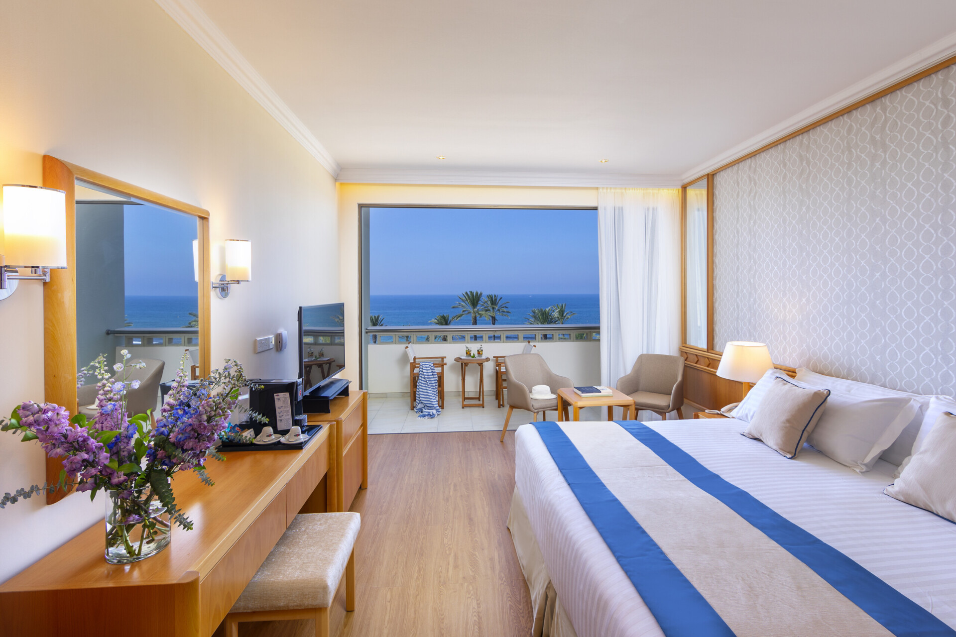 25 ATHENA BEACH HOTEL SUPERIOR ROOM SV