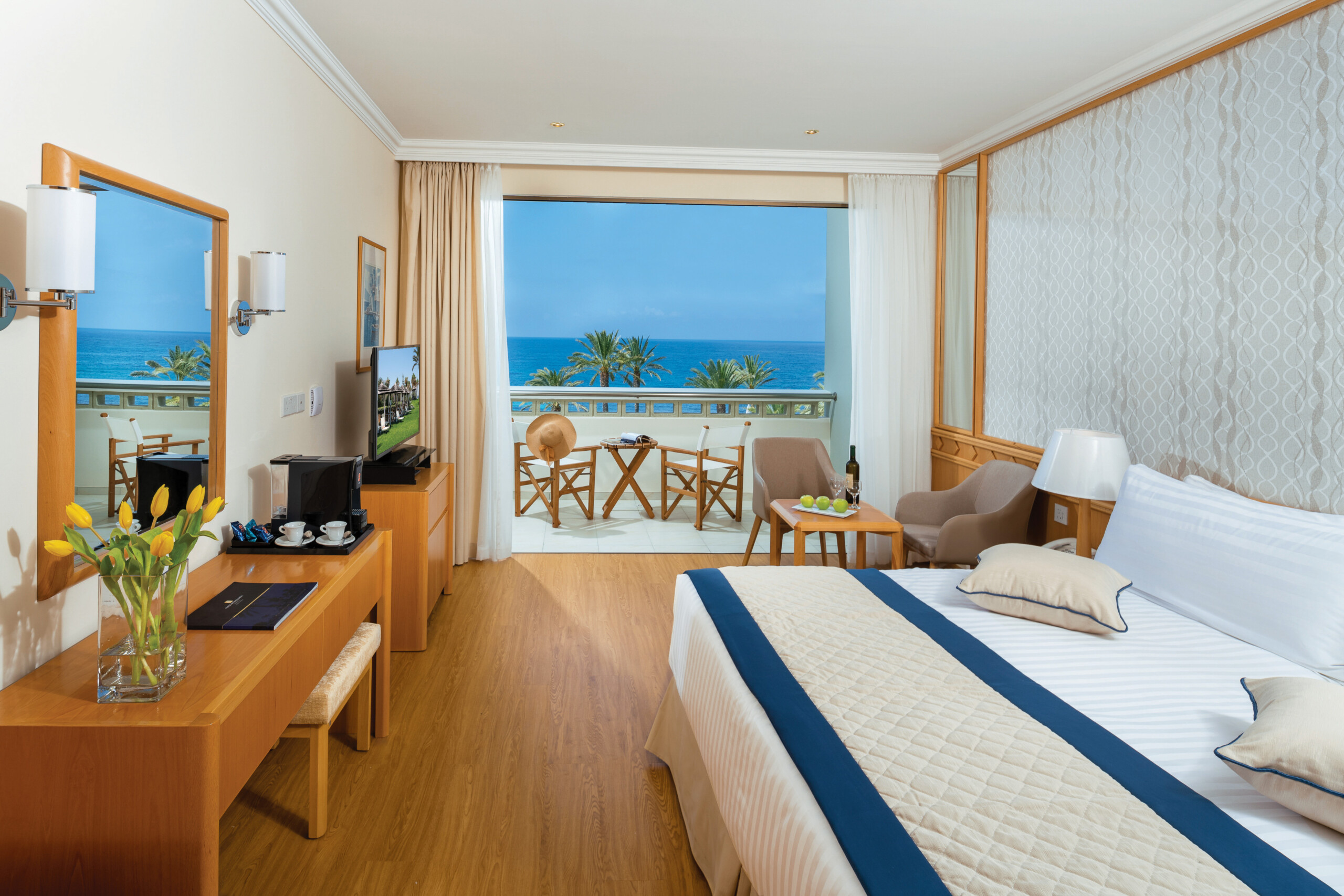 41 ATHENA BEACH HOTEL SUPERIOR ROOM SV