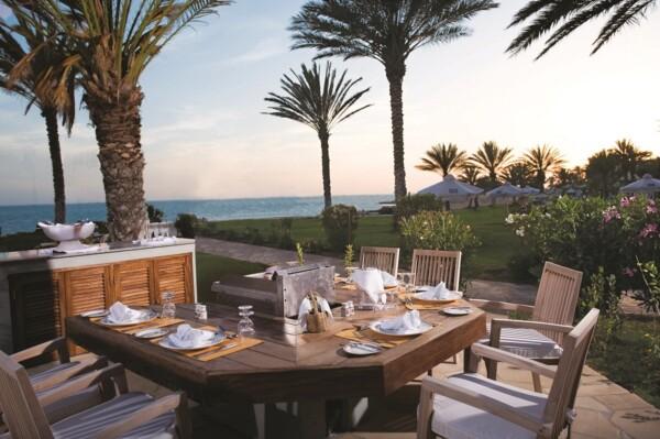 14 ATHENA BEACH HOTEL PALM TREE RESTAURANT
