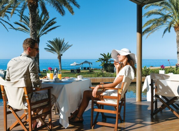 18 ATHENA BEACH HOTEL ADONIS RESTAURANT