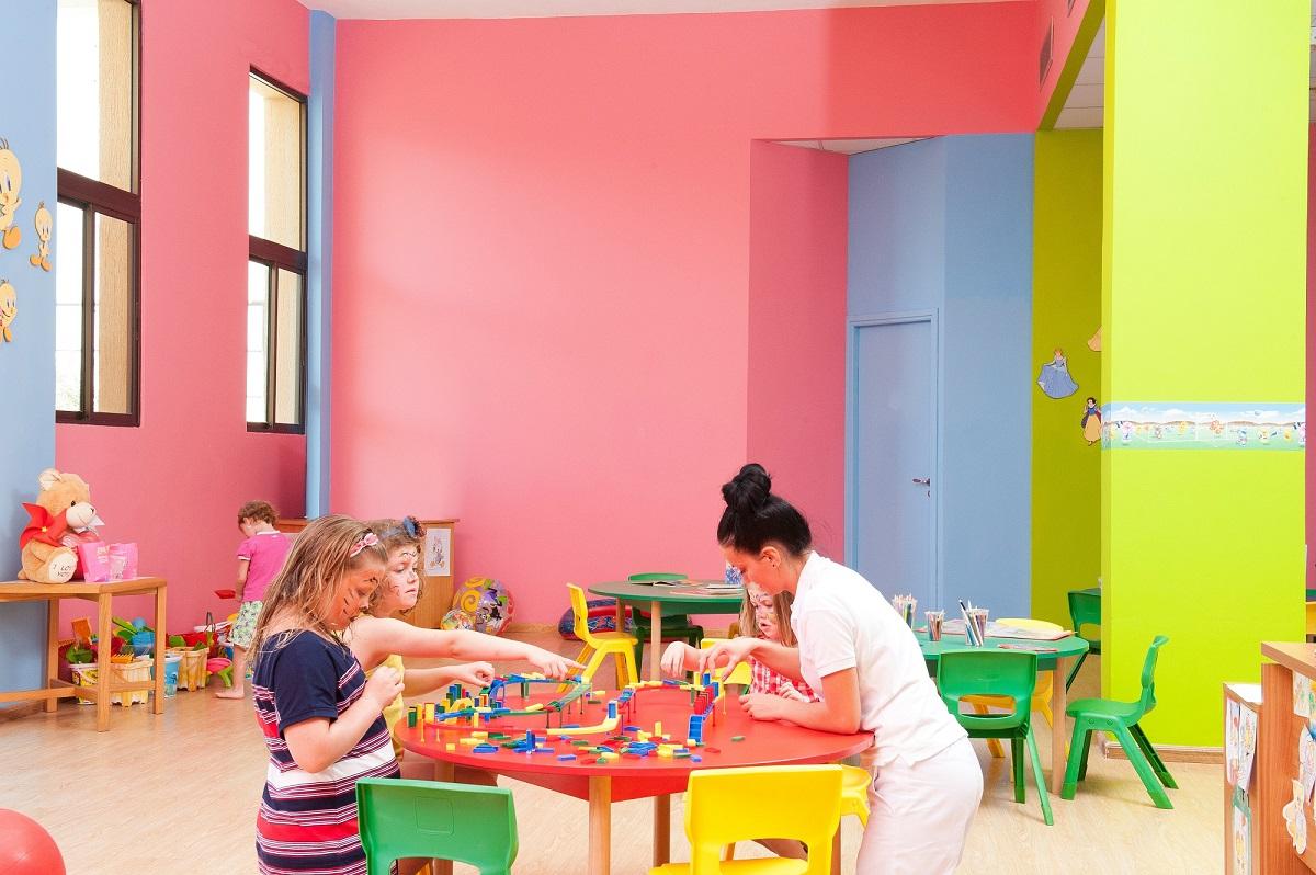 49 ATHENA BEACH HOTEL KIDS CLUB