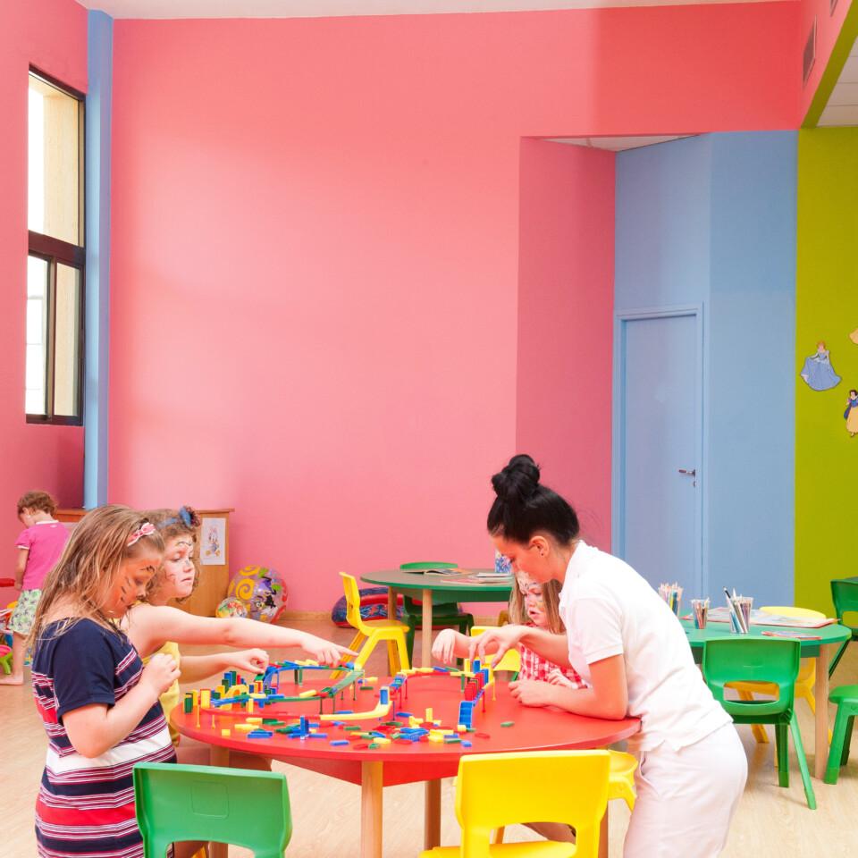 49-ATHENA-BEACH-HOTEL-KIDS-CLUB