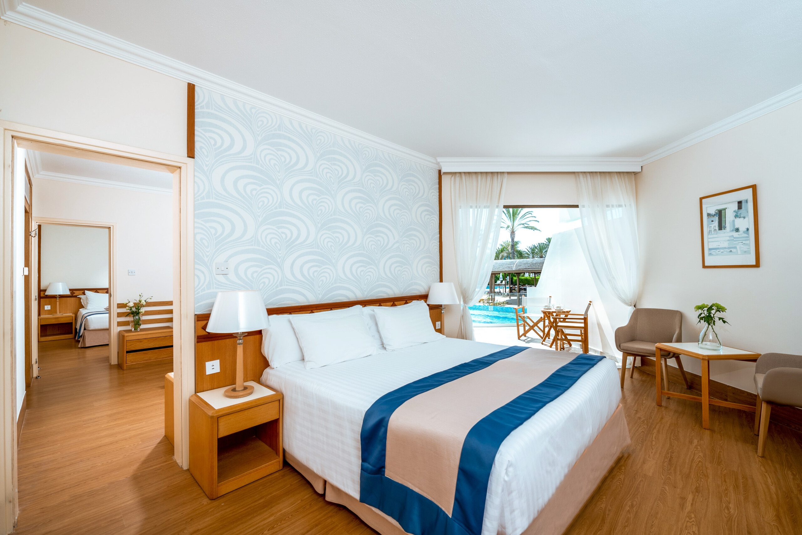 46 ATHENA BEACH HOTEL FAMILY SUPERIOR INTERCONNECTING AND TRIPLE INTERCONECTING SWIM-UP ROOM