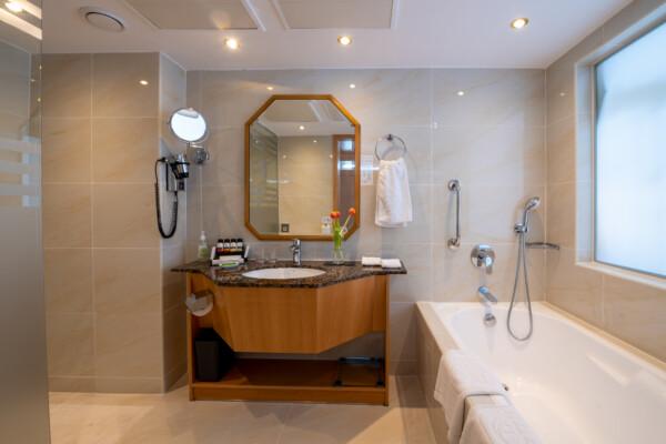 50 ATHENA BEACH HOTEL SUPERIOR DELUXE ROOM WITH BALCONY BATHROOM